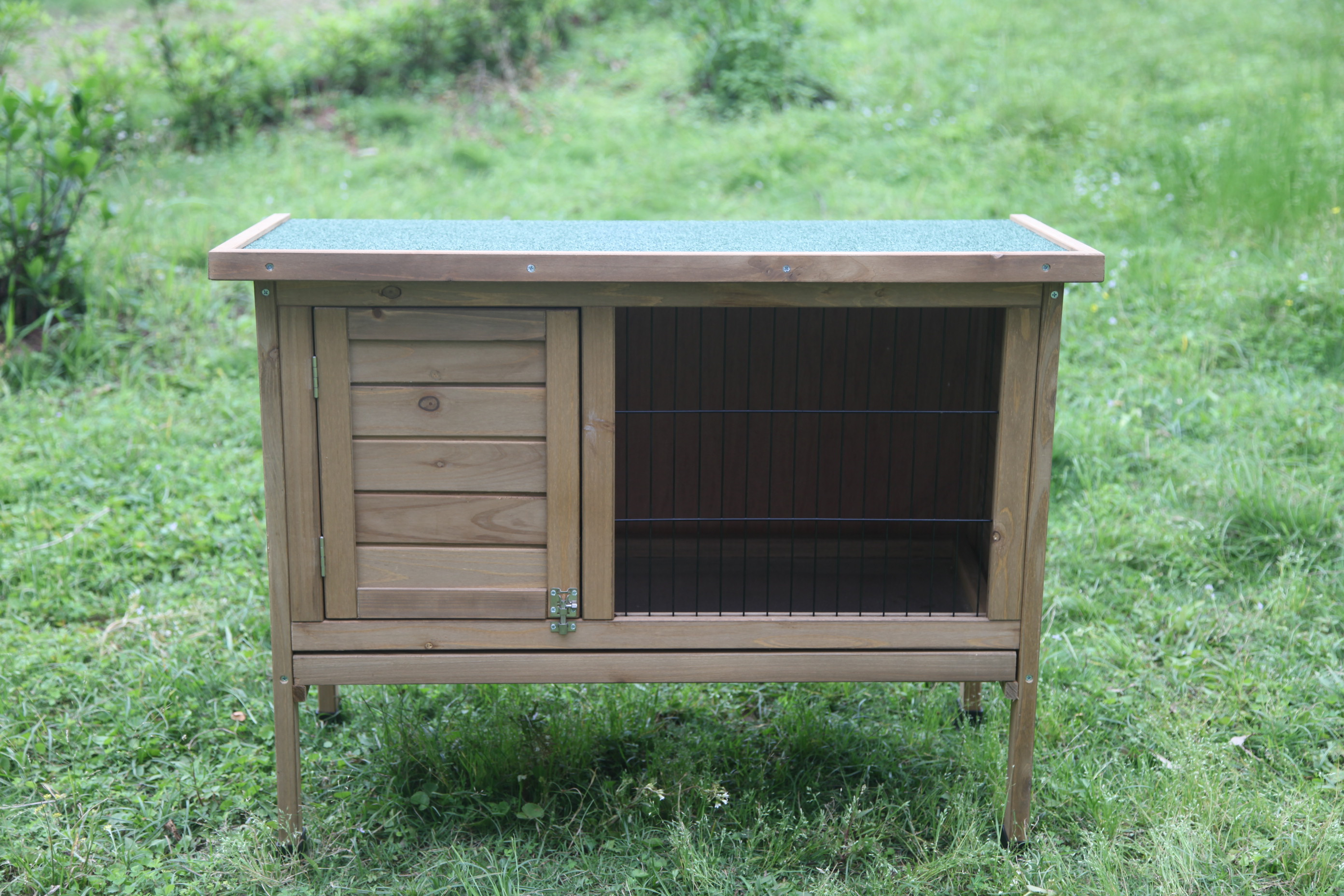 Large wooden outdoor rabbit hutch and run guinea pig for Outdoor guinea pig hutch